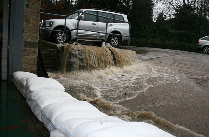 Daños en coche inundaciones